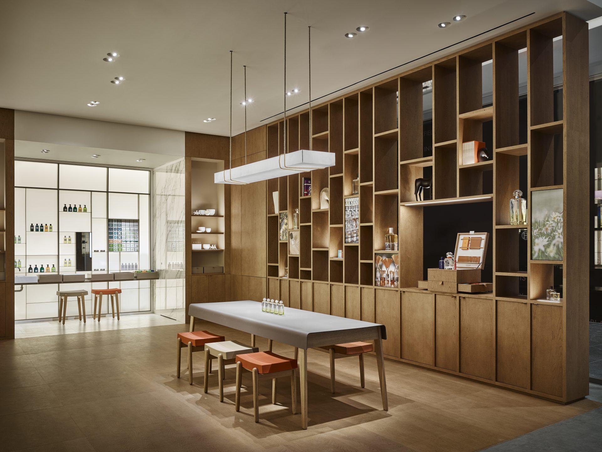 La Parfumerie Herm 232 S Rf Studio Agence De Design 224 Paris